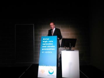 El profesor Andreas Goette, en su intervención en el Simposio sobre FA