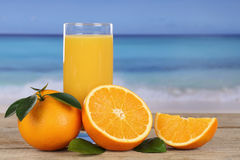 orange-juice-oranges-beach-vacation-39386850
