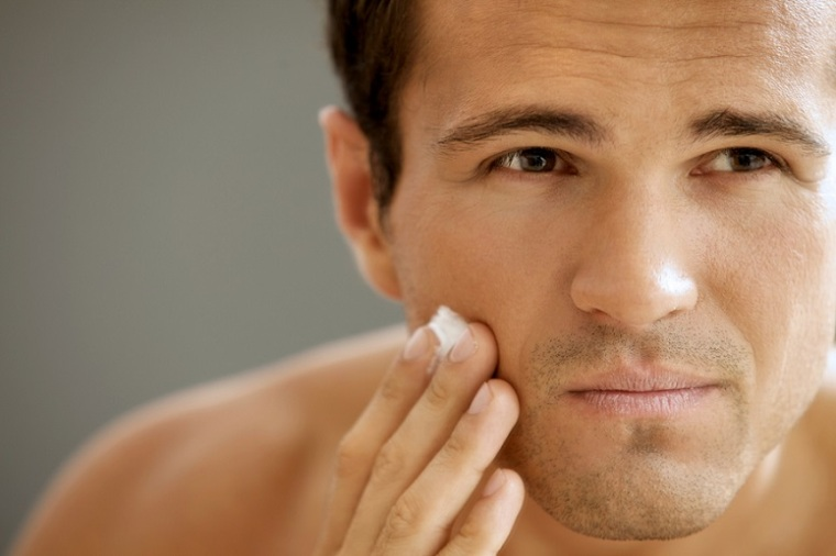 puntofape_consejos-para-cuidar-tu-piel-en-invierno hombre