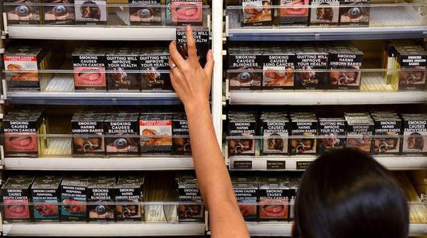 cajetillas_neutras-tabaco-cigarrillos-cajetillas-paquetes_neutros-cancer_pulmon_lncima20140926_0105_5_28802_1