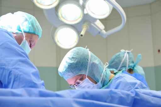 Operativer Eingriff 3