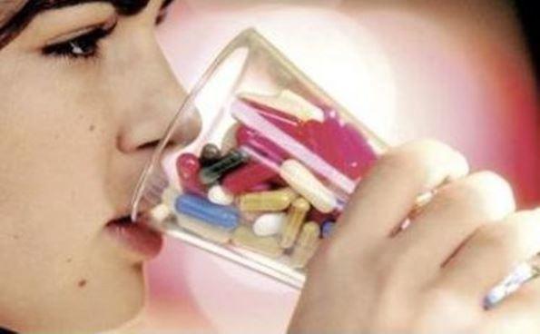 Uso-y-Abuso-de-medicamentos